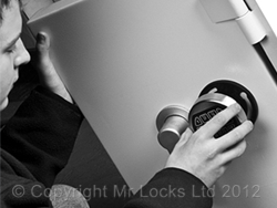 Llantrisant Locksmith Safe Engineer